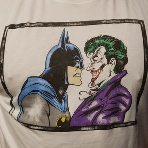 UNDER ARMOUR DC BATMAN JOKER SHIRT